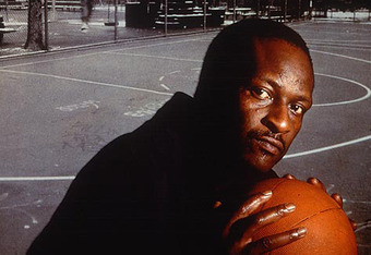 "Earl ""The Goat"" Manigault in 1989. (Photo: Charlie Samuels/Creative Commons))"