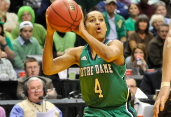 INDIANAPOLIS, IN - APRIL 5:  Skylar Diggins #4 of the Notre Dame Fighting Irish controls the ball against the Texas A&M Aggies during the 2011 NCAA Women's Final Four championship game at Conseco Fieldhouse on April 5, 2011 in Indianapolis, Indiana.  (Pho