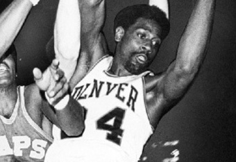 Spencer Haywood playing for the Denver Rockets