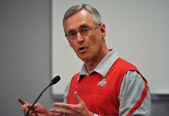 The future of Ohio State coach Jim Tressel seems to get bleaker and bleaker by the week.