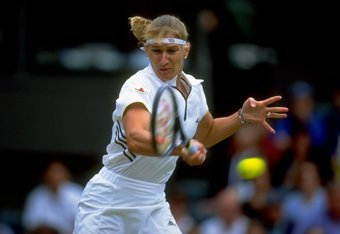 4 Jul 1999:  Steffi Graf of Germany in action during the Wimbledon Ladies Singles Championship Final match against Lindsay Davenport of the United States played at the All England Club in Wimbledon, England.    Lindsay Davenport won the match in straights