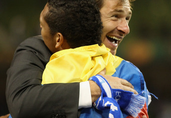 Villas-Boas (with Fredy Guarín) has a close relationship with his players