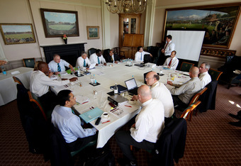 LONDON, ENGLAND - MAY 10:  Members of the ICC Cricket Committee during the ICC Cricket Committee meeting at Lords on May 10, 2011 in London, England.  (Photo by Scott Heavey/Getty Images)