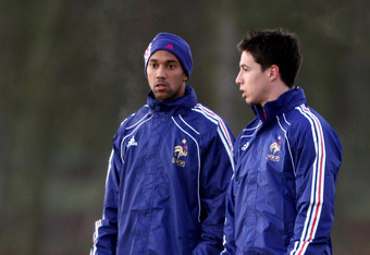 LONDON COLNEY, ENGLAND - NOVEMBER 15:  Samir Nasri (R), Gael Clichy (C) and Bacary Sagna during a France training session ahead of their international match against England on November 15, 2010, London Colney,  England.  (Photo by Scott Heavey/Getty Image