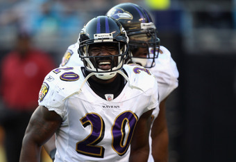 CHARLOTTE, NC - NOVEMBER 21:  Teammates Ed Reed #20 and Ray Lewis #52 of the Baltimore Ravens celebrate after a defensive stop against the Carolina Panthers at Bank of America Stadium on November 21, 2010 in Charlotte, North Carolina.  (Photo by Streeter