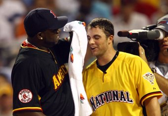 PITTSBURGH - JULY 10:  National League All-Star David Wright of the New York Mets is dried off by David Ortiz of the Boston Red Sox after batting in the final round of the CENTURY 21 Home Run Derby at PNC Park on July 10, 2006 in Pittsburgh, Pennsylvania.