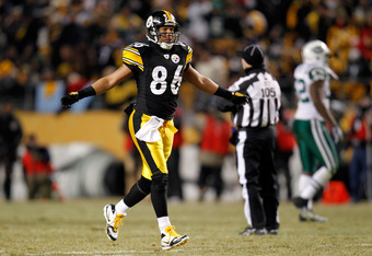 PITTSBURGH, PA - JANUARY 23:  Hines Ward #86 of the Pittsburgh Steelers reacts against the New York Jets during the 2011 AFC Championship game at Heinz Field on January 23, 2011 in Pittsburgh, Pennsylvania.  (Photo by Gregory Shamus/Getty Images)