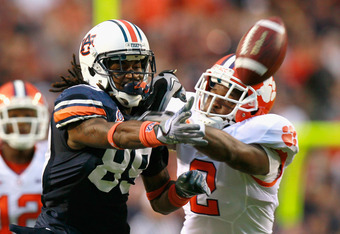 AUBURN, AL - SEPTEMBER 18:  Darvin Adams #89 of the Auburn Tigers fails to pull in this reception against DeAndre McDaniel #2 of the Clemson Tigers at Jordan-Hare Stadium on September 18, 2010 in Auburn, Alabama.  (Photo by Kevin C. Cox/Getty Images)