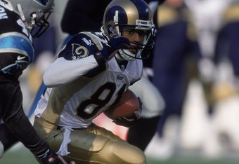 3 Dec 2000:  Az-Zahir Hakim #81 of the St. Louis Rams moves with the ball during the game against the Carolina Panthers at the Ericsson Stadium in Charlotte, North Carolina.  The Panthers defeated the Rams 16-3.Mandatory Credit: Scott Halleran  /Allsport