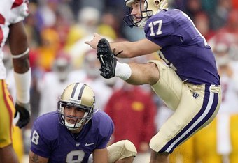 UW Placekicker Erik Folk kicks the game-winning field goal