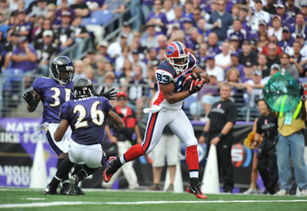 BALTIMORE, MD - OCTOBER 24:  Lee Evans #83 of the Buffalo Bills scores a touchdown against the Baltimore Ravens at M&T Bank Stadium on October 24, 2010 in Baltimore, Maryland. The Bills lead the Ravens at the half 24-20. (Photo by Larry French/Getty Image