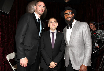 LOS ANGELES, CA - JULY 13:  (L-R) NBA player Kevin Love, actor Jonah Hill and NBA player Baron Davis pose backstage at The 2011 ESPY Awards at Nokia Theatre L.A. Live on July 13, 2011 in Los Angeles, California.  (Photo by Christopher Polk/Getty Images fo