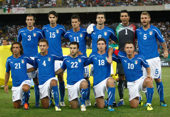 BARI, ITALY - AUGUST 10:  Team of Italy pose for photo before the international friendly match between Italy and Spain at Stadio San Nicola on August 10, 2011 in Bari, Italy.  (Photo by Maurizio Lagana/Getty Images)