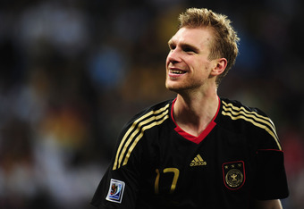 Per Mertesacker is the type of defender Arsene Wenger could use in his back line.