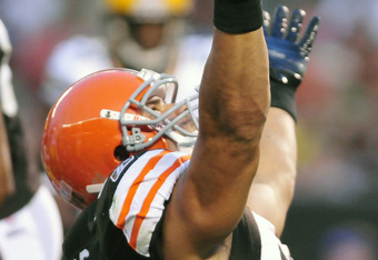 CLEVELAND, OH - AUGUST 13: Peyton Hillis #40 of the Cleveland Browns celebrates after a touchdown during the second quarter against the Green Bay Packers at Cleveland Browns Stadium on August 13, 2011 in Cleveland, Ohio. (Photo by Jason Miller/Getty Image