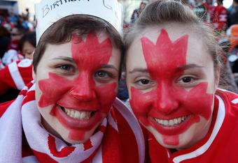 Canada Loves Hockey