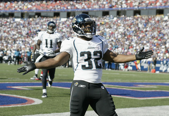 ORCHARD PARK, NY - OCTOBER 10: Maurice Jones-Drew #32 of the Jacksonville Jaguars celebrates what he thinks is a touchdown that was called back for a penalty in the third quarter against the Buffalo Bills at Ralph Wilson Stadium on October 10, 2010 in Orchard Park, New York. (Photo by Rick Stewart/Getty Images)