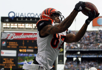 SAN DIEGO, CA - DECEMBER 20:  Wide receiver Andre Caldwell #87 of Cincinnati Bengals goes up for a catch against the San Diego Chargers during the NFL game on December 20, 2009 at Qualcomm Stadium in San Diego, California.  (Photo by Donald Miralle/Getty Images)
