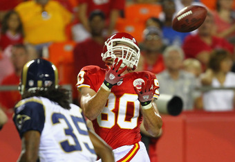 KANSAS CITY, MO - AUGUST 26: Cody Slate #80 of the Kansas City Chiefs catches a touchdown pass against the St. Louis Rams during a preseason game at Arrowhead Stadium  on August 26, 2011 in Kansas City, Missouri.  The Rams beat the Chiefs 14-10.  (Photo by Dilip Vishwanat/Getty Images)