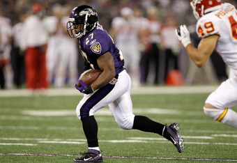 BALTIMORE, MD - AUGUST 19:  Running back Ray Rice #27 of the Baltimore Ravens carries the ball against the Kansas City Chiefs during a preseason game at M&T Bank Stadium on August 19, 2011 in Baltimore, Maryland. The Ravens won 31-13. (Photo by Rob Carr/Getty Images)