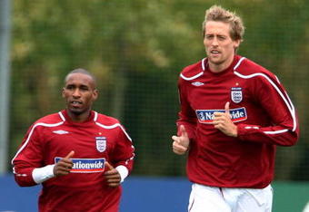 Jermain Defoe and Peter Crouch have not been up to the challenge in recent times