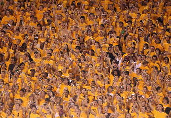 TEMPE, AZ - SEPTEMBER 04:  Fans of the Arizona State Sun Devils cheer during the college football game against the Portland State Vikings at Sun Devil Stadium on September 4, 2010 in Tempe, Arizona. The Sun Devils defeated the Vikings 54-9. (Photo by Chri