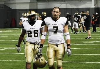 Fullbacks #26 Larry Dixon and #7 Jared Hassin (K.Kraetzer)