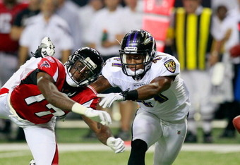 ATLANTA, GA - SEPTEMBER 01:  Brandyn Harvey #17 of the Atlanta Falcons fails to pull in this reception against Talmadge Jackson #41 of the Baltimore Ravens at Georgia Dome on September 1, 2011 in Atlanta, Georgia.  (Photo by Kevin C. Cox/Getty Images)