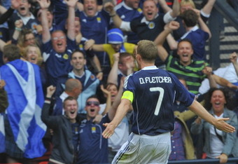 GLASGOW, SCOTLAND - SEPTEMBER 03:  Darren Fletcher of Scotland celebrating his goal during the UEFA EURO 2012 Group I Qualifying match between Scotland and Czech Republic at Hampden Park on September 03, 2011 in Glasgow, Scotland. (Photo by Mark Runnacles