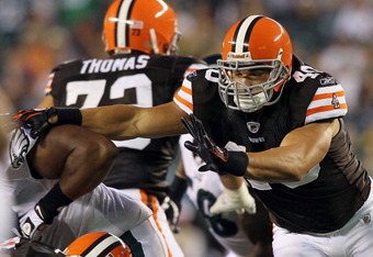 PHILADELPHIA, PA - AUGUST 25:  Peyton Hillis #40 of the Cleveland Browns in action against the Philadelphia Eagles during their pre season game on August 25, 2011 at Lincoln Financial Field in Philadelphia, Pennsylvania.  (Photo by Jim McIsaac/Getty Image