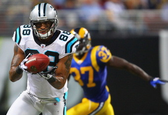 The Dolphins worked out four-year veteran tight end Dante Rosario on Sunday.