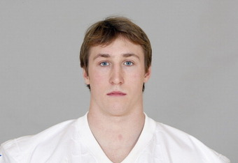 Entering his second season out of Penn State, Sean Lee is expected to replace Keith Brooking as early as 2011.
