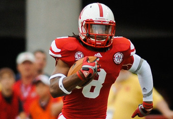 LINCOLN, NE - SEPTEMBER 03: Ameer Abdullah #8 of the Nebraska Cornhuskers of the Nebraska Cornhuskers runs downfield against the Chattanooga Mocs during their game at Memorial Stadium September 3, 2011in Lincoln, Nebraska. Nebraska won 40-7. (Photo by Eri