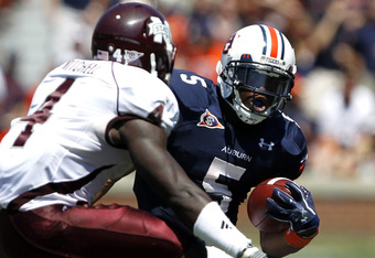 Auburn Tiger running back, Michael Dyer, on the move