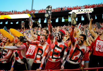 LINCOLN, NE - SEPTEMBER 10: Nebraska Cornhuskers fans make noise as their team kicks off against the Fresno State Bulldogs at Memorial Stadium September 10, 2011 in Lincoln, Nebraska. Nebraska won 42-29.(Photo by Eric Francis/Getty Images)