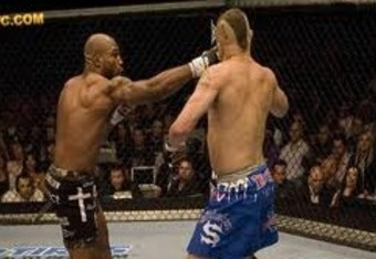 Rampage dropping Liddell with a right hook