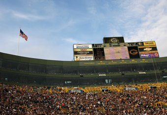 GREEN BAY, WI - OCTOBER 19:   A general view of lthe stadium during the game between the Green Bay Packers and the Indianapolis Colts on October 19, 2008 at Lambeau Field in Green Bay Wisconsin. The Packers won 34-14.   (Photo by Stephen Dunn/Getty Images