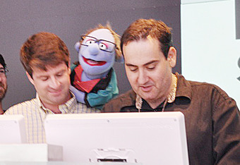 Will Brinson of CBS and Richard Deitsch of SI read the speech of Joe Posnanski (seen here as a Muppet) for Best Sportswriter.