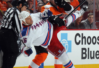 Sean Avery was on the recieving end of an alleged gay slur by Simmonds in a recent exhibition game.