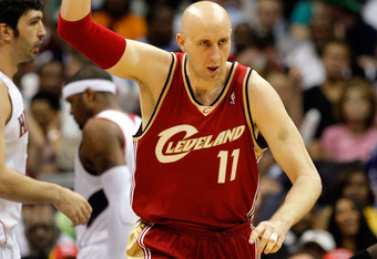 ATLANTA - MAY 11:  Zydrunas Ilgauskas #11 of the Cleveland Cavaliers reacts after scoring a basket against the Atlanta Hawks during Game Four of the Eastern Conference Semifinals during the 2009 NBA Playoffs at Philips Arena on May 11, 2009 in Atlanta, Ge