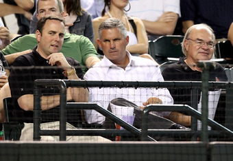 Diamondbacks General Manager Kevin Towers ( middle) would be a candidate with experience.