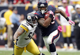 HOUSTON - OCTOBER 02:  Running back Arian Foster #23 of the Houston Texans breaks loose for a 42 yard run for a touchdown in the fourth quarter against the Pittsburgh Pirates at Reliant Stadium on October 2, 2011 in Houston, Texas. Houston won 17-10.  (Ph
