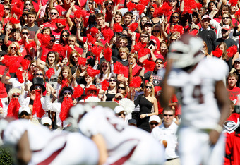 ATHENS, GA - OCTOBER 01:  Fans of the Georgia Bulldogs cheer against the Mississippi State Bulldogs offense at Sanford Stadium on October 1, 2011 in Athens, Georgia.  (Photo by Kevin C. Cox/Getty Images)
