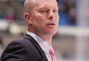 AHL Coach of the Year John Hynes will once again try to lead the Penguins to another playoff berth.