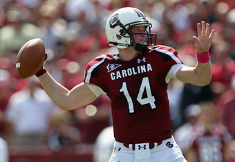 COLUMBIA, SC - OCTOBER 08:  Connor Shaw #14 of the South Carolina Gamecocks drops back to pass during their game against the Kentucky Wildcats at Williams-Brice Stadium on October 8, 2011 in Columbia, South Carolina.  (Photo by Streeter Lecka/Getty Images