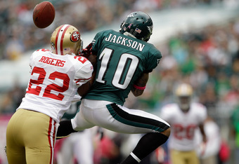 PHILADELPHIA, PA - OCTOBER 02:  Carlos Rogers #22 of the San Francisco 49ers breaks up a pass intended for  DeSean Jackson #10 of the Philadelphia Eagles at Lincoln Financial Field on October 2, 2011 in Philadelphia, Pennsylvania. The 49ers won 24-23.   (