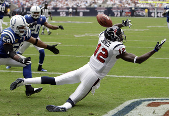 HOUSTON - SEPTEMBER 11:  Wide receiver Jacoby Jones #12 can't make a catch in the endzone against the Indianapolis Colts at Reliant Stadium during the season opener on September 11, 2011 in Houston, Texas.  (Photo by Bob Levey/Getty Images)