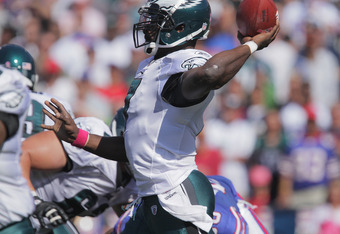 ORCHARD PARK, NY - OCTOBER 09: Michael Vick #7 of the Philadelphia Eagles throws a pass during the first half at Ralph Wilson Stadium on October 9, 2011 in Orchard Park, New York. (Photo by Brody Wheeler/Getty Images)