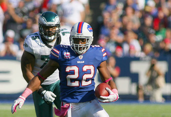 ORCHARD PARK, NY - OCTOBER 09:Fred Jackson #22 of the Buffalo Bills runs against the Philadelphia Eagles at Ralph Wilson Stadium on October 9, 2011 in Orchard Park, New York.  Buffalo won 31-24.  (Photo by Rick Stewart/Getty Images)