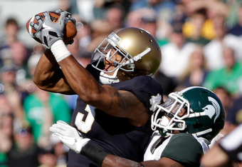 WR Michael Floyd is tough to stop as Notre Dame beats No. 15 Michigan State